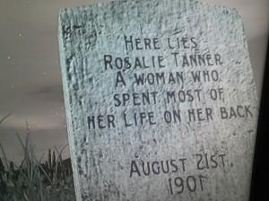 Red-Dead-Redemption-Tombstones-grave-7-1024x768